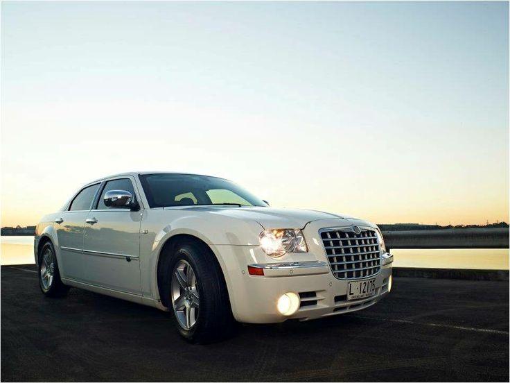 Chrysler 300C Previous Model - White Limoso Australia http://www.limoso.com.au/