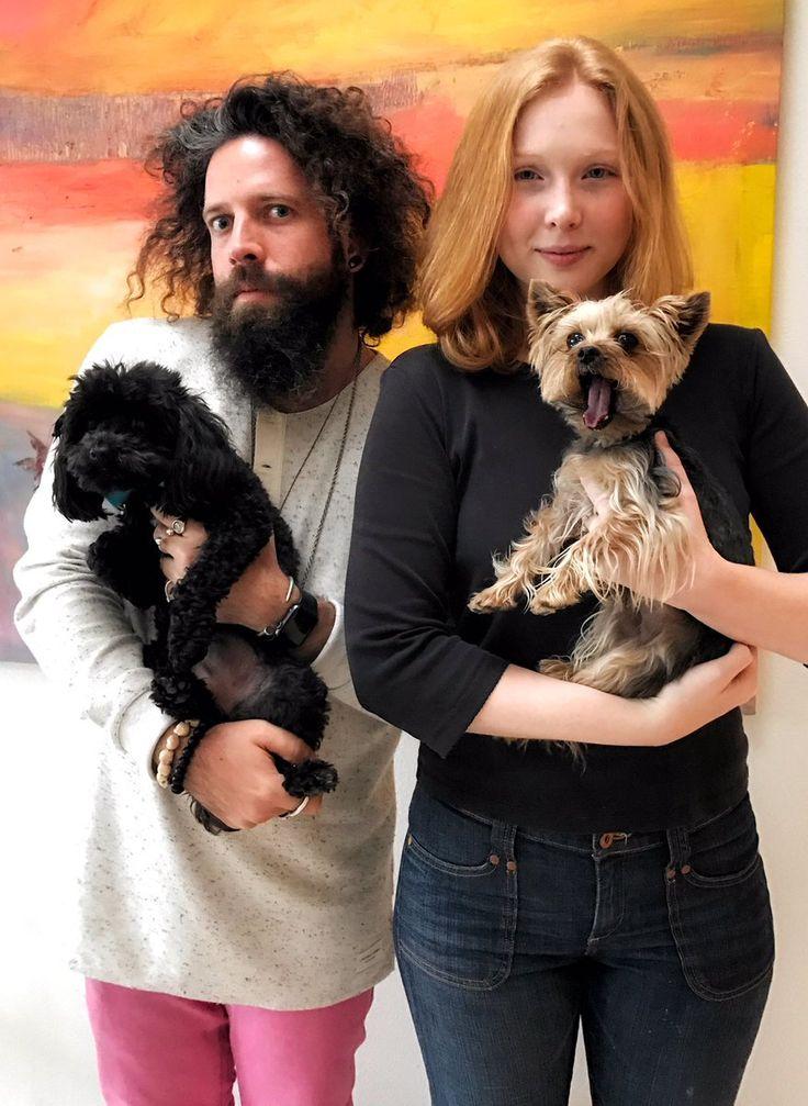 elan gale (@theyearofelan)   Molly C. Quinn @MollyQuinn93 23 дек. 2016 г.  Latest family portrait