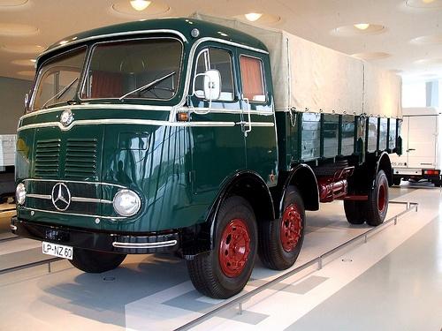 Mercedes-Benzs LP 333 #(1958–1961) #mbhess #mbtrucks