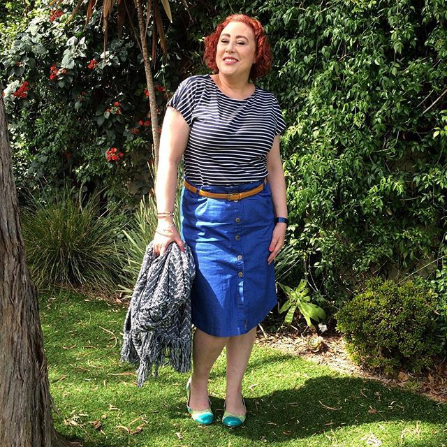 70s vibe with my @bohemian.traders denim skirt #styleblogger #SpringFling #ootd X