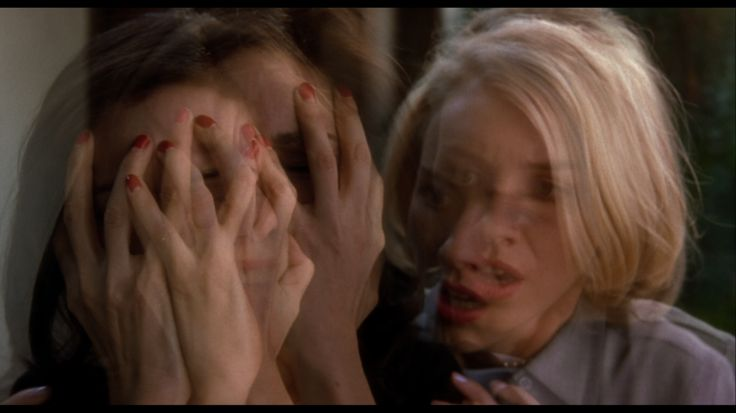 How David Lynch Messes With Your Head in 'Mulholland Drive'