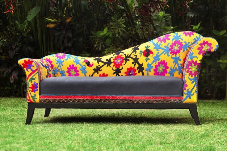 birbor.com ~ flowers of charm sofa