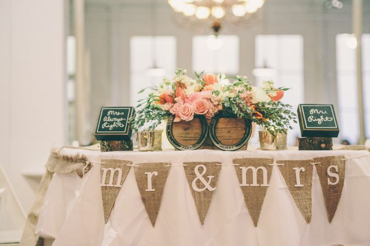 Sweetheart Table Decor For Wedding Photograph | SWEETHEART T