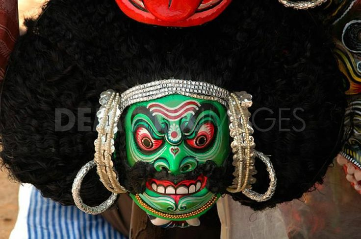 1248630636-chhau-dance-masks-of-west-bengal-india112586_112586.jpg (800×532)