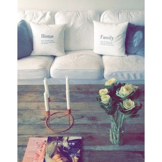 Credit to @malouejdesgaard for this picture of her beautiful living room with the 'Home' and 'Family' cushions ❤️ Find our new and popular cushions at www.bomedo.com #bomedo