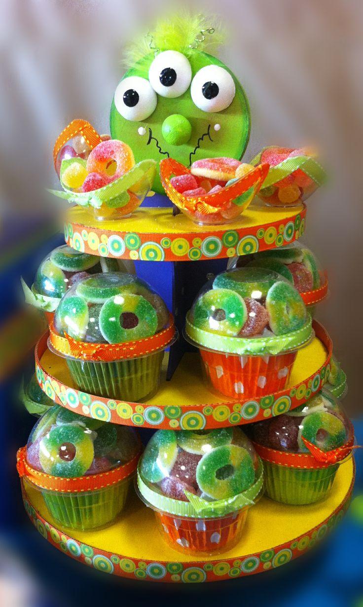 Centro de mesa para fiestas infantiles / Decoración para barra de dulces