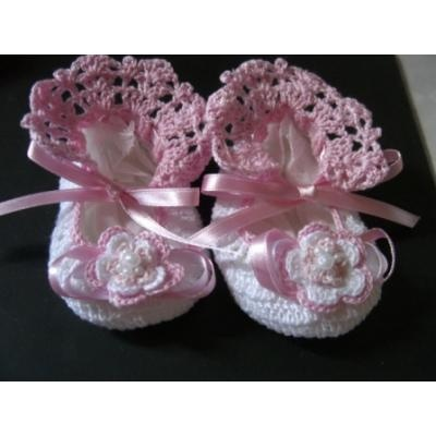 **I WANT TO LEARN HOW TO MAKE THESE BABY BOOTIES....SO CUTE**  Image detail for -TEJIDOS EN CROCHET ROPA Y ACCESORIOS PARA BEBE | CARACAS | Distrito ...