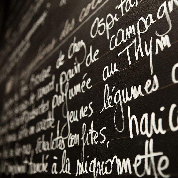 Sacré « Meilleur Comptoir 2007 » par Le Figaroscope, le restaurant Les Cocottes de Christian Constant, a été conçu par Luis Alleluia, dans un espace contemporain tout en longueur dans une version branchée d'un «diner» américain.