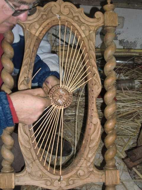. arreglos de sillas de  boga ,espadaña de enea tola de balca  y de boba sillas de rejilla hecha ha mano  y tambien la de pieza yde rattan natural y tambien hago cestos   ATENCION restaurantes  ,anticuarios , fabricantes  de sillas y publico en general los