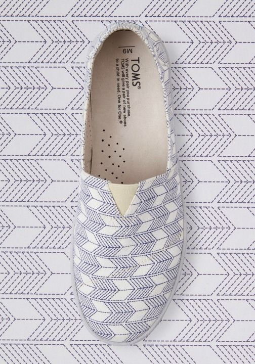 TOMS Classics showcase Southern California beach charm and help those in need as well.