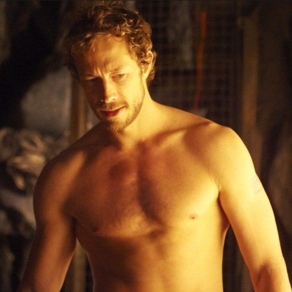 Image detail for -GAROTAS PERDIDAS: Kris Holden-Ried in ...Lost Girl Dyson Tattoo