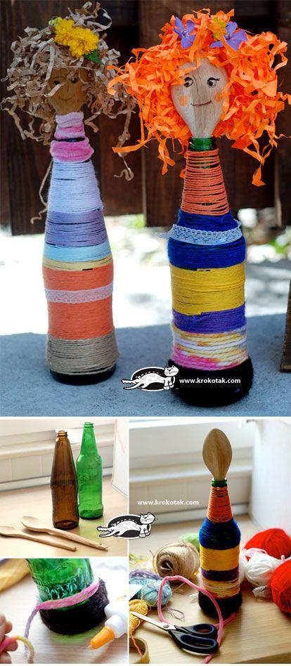 Poppen van pollepels (in een fles).