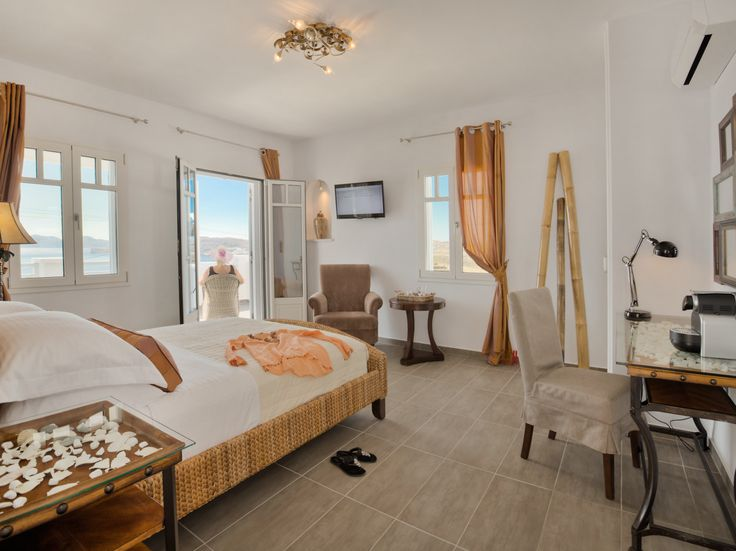 Superior Suite -  Modern comforts offered for relaxation and warmth