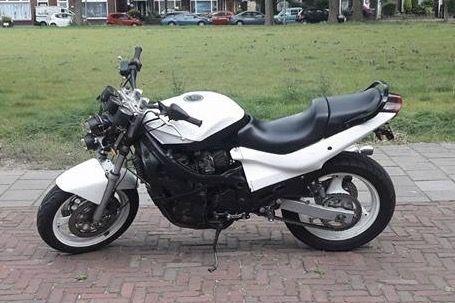 Suzuki GSX 600 Naked Bike Streetfighter #tekoop #aangeboden in de groep van #Motortreffer (zie: www.facebook.com/groups/motorentekoopmt) #motorentekoopmt #suzuki #suzukigsx #suzukigsx600 #suzukinakedbike #suzukistreetfighter #nakedbike #streetfighter