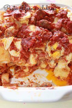 Ricetta Pasta al forno calabrese con polpettine e soppressata di Calabria DOP - Baked Pasta with meatballs and brawn of Calabria DOP