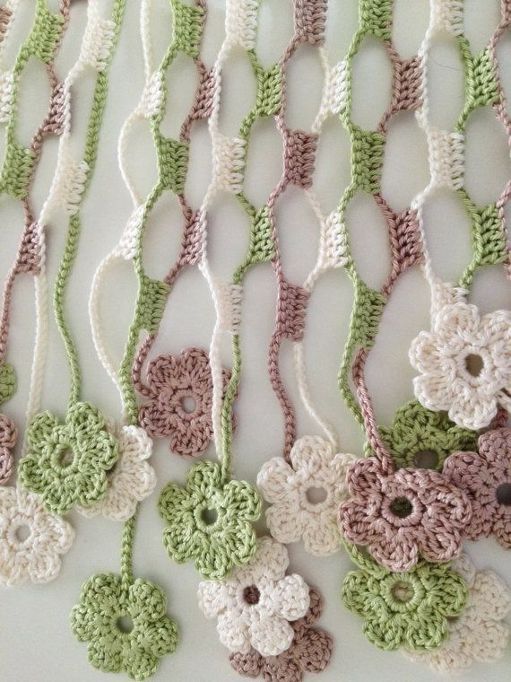 Nature flowery crochet echarpe by GabyCrochetCrafts on Etsy