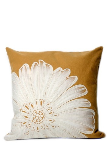 Throw Pillows Dollar General : 1000+ images about Painting fabric clothes on Pinterest Quilt, Cottage crafts and Paint