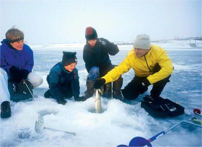 17 best images about winter wonderland on pinterest for Lake winnipeg ice fishing
