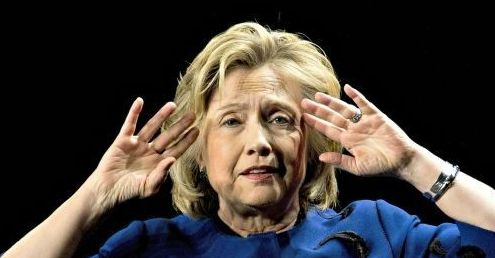 10 prominent doctors question Hillary's health. 'I can look at the video. You can look.' To not have questions is 'reckless' (8/29/16)