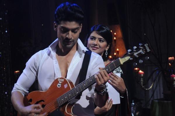 Kratika Sengar and Gurmeet Choudhary