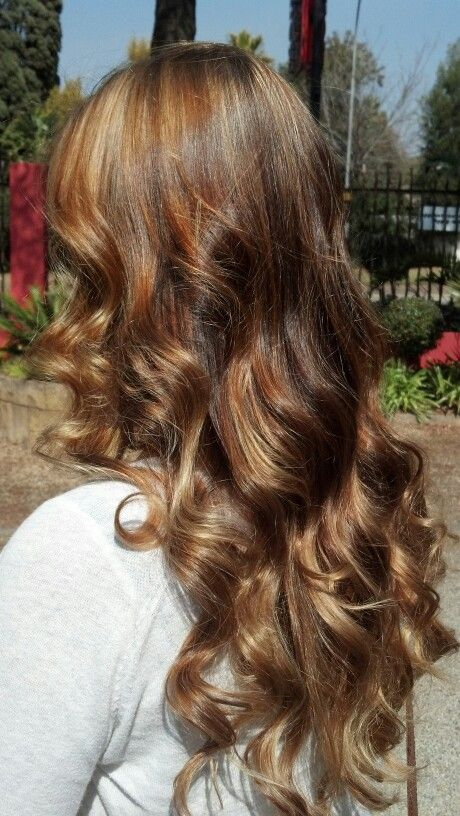 Rose gold and honey highlights by Justine Taitz