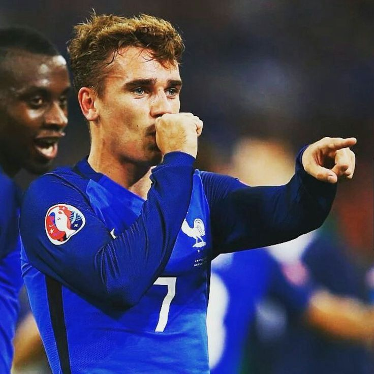 Antoine Griezmann, França - Euro 2016<< am I the only one that thinks he looks like chekov from Star Trek?