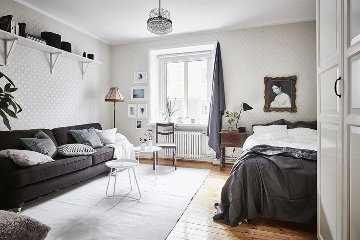 Vintage studio apartment Follow Gravity Home: Blog - Instagram - Pinterest - Bloglovin - Facebook