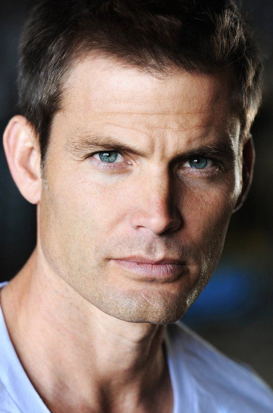 Casper Van Dien photos, including production stills, premiere photos and other event photos, publicity photos, behind-the-scenes, and more.