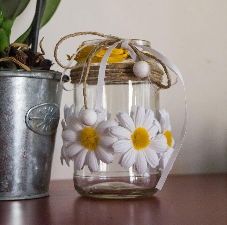 riuso di barattoli di vetro trasformandoli in jar porta candele oppure porta mestoli