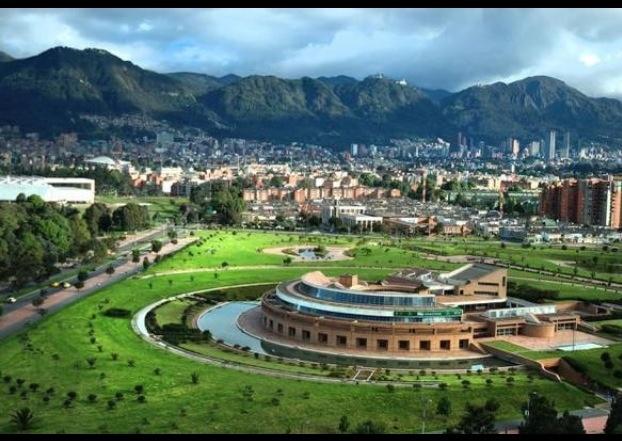 Biblioteca Virgilio Barco. Conoce #Bogota con #Easyfly aquí…