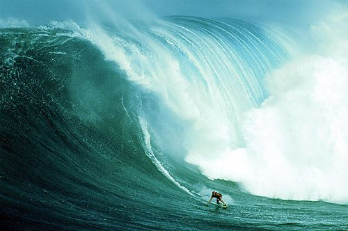 Maui - Hawaii ... (I will admire these waves from the beach!) ; ))