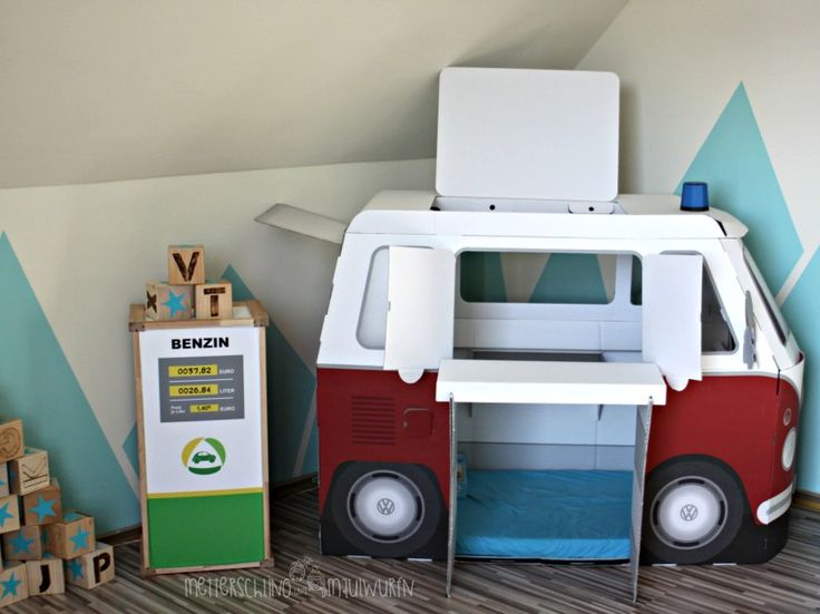 Papp Bulli, retro, autobett,  Kinderzimmer, Selbermachen, bauen, einrichten,  Ideen,  Kind, Zimmer, renovieren, Alpina, kidsroom, Berge, mountain, Jungenzimmer, Boy, Room,