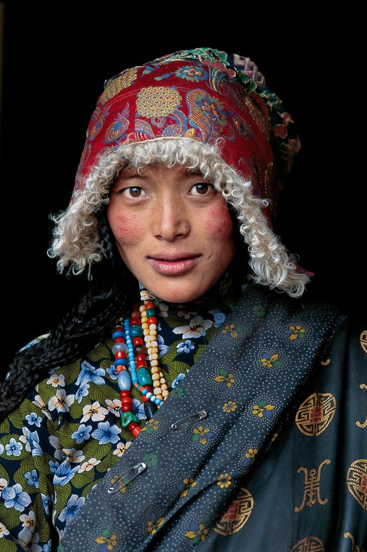 Steve Mc Curry - portraits - Taringa!                                                                                                                                                                                 More