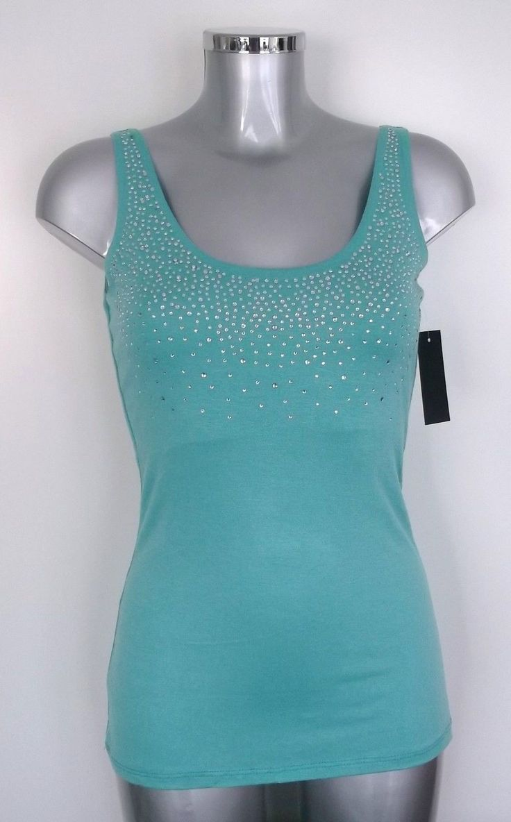 dames shirt  van het merk   SAPP  design  met stras opdruk ..mooie kwaliteit  shirt sluit mooi om het lichaam ...maat   M/38 €10,    incl verz kosten ...betaling via bank overschrijving   of PayPal