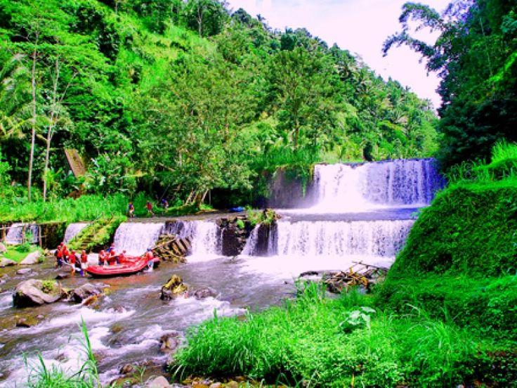 BALI WHITEWATER RAFTING – Telaga Waja River (6 Hours) - MyTripIndonesia