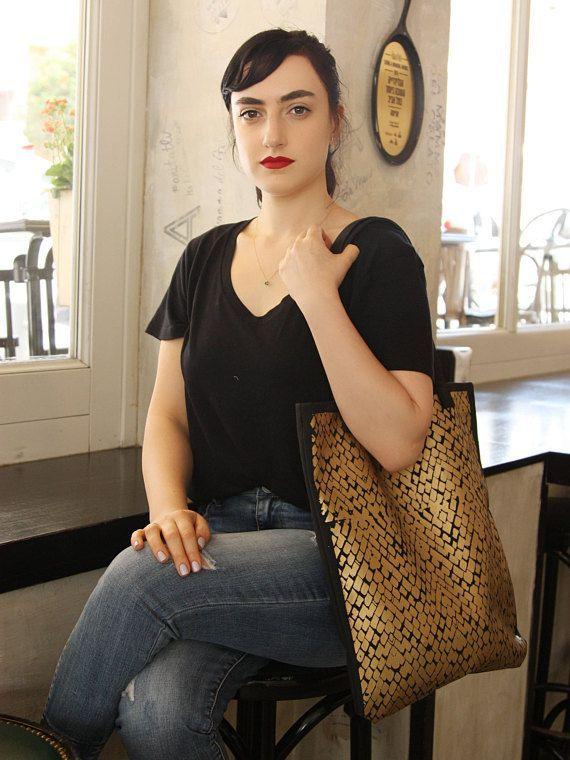 Golden tote, Easy tote bag, Fashionable handbag, Two tone tote bag, Carry on handbag, Shopping bag, Womens work bag, Teacher tote bag, Vegan #vegan   #fashion #fashionblogger #bags #boho #bohostyle #tote #totebag #style #styleblogger #fashionista
