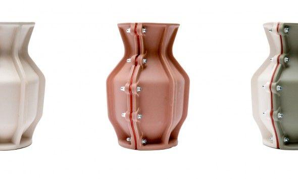 Floris Hovers Carter Vase for Cor Unum