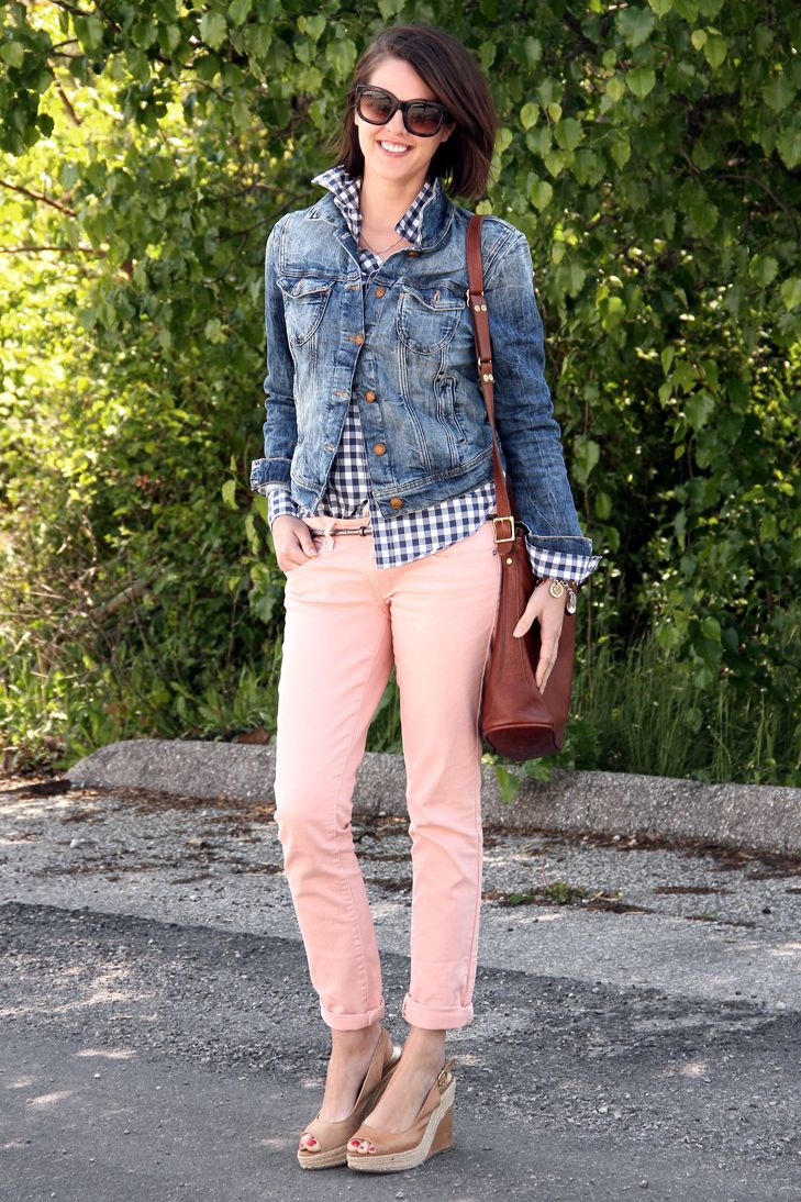 What I Wore: blue gingham button up, denim jacket, pale pink jeans, wedges
