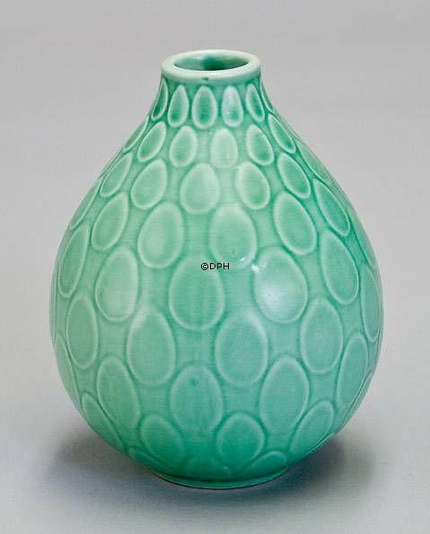 Aluminia/Royal Copenhagen vase nr.2633, design Niels Thorsson