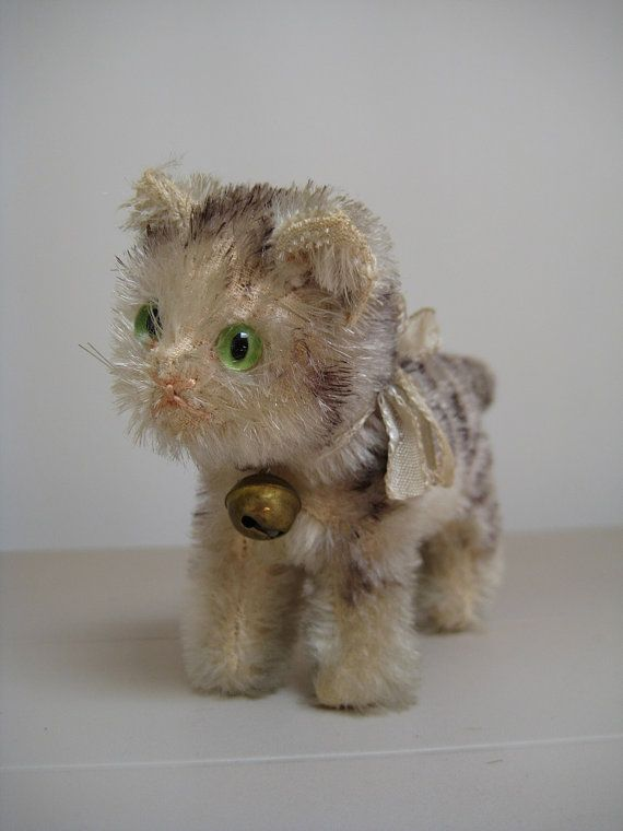 In my #ETSY Shop: #Steiff Vintage Tabby #Cat – Rare US Zone – Glass Eyes & Excelsior Stuffed – 1949 to 1953