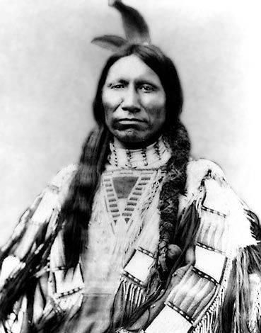 American Horse - Sioux One of the wittiest and shrewdest of the Sioux chiefs was American Horse, who succeeded to the name and position of an uncle, killed in the battle of Slim Buttes in 1876.