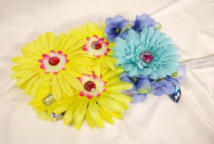 Daisy Flower Handbag • EDM • Costume • Outfit • Rave • Purse • Kids • Festival • Bag • https://www.etsy.com/listing/596911875/daisy-flower-handbag-edm-costume-outfit?utm_campaign=crowdfire&utm_content=crowdfire&utm_medium=social&utm_source=pinterest