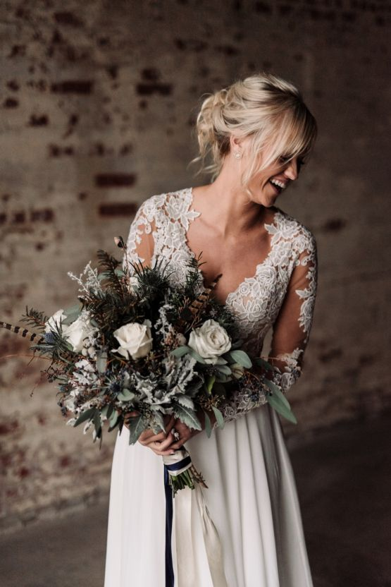 Moody Winter Wedding Inspiration by Kelcy Leigh Photography 25