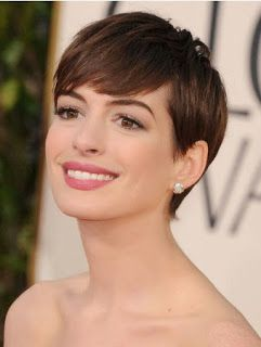"Repeating Anne Hathaway's style from the ""Golden Globe"""