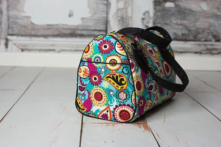 Swoon Patterns: Blanche Barrel Bag - PDF Vintage Bag Purse Sewing Pattern by SwoonPatterns on Etsy https://www.etsy.com/listing/196646661/swoon-patterns-blanche-barrel-bag-pdf
