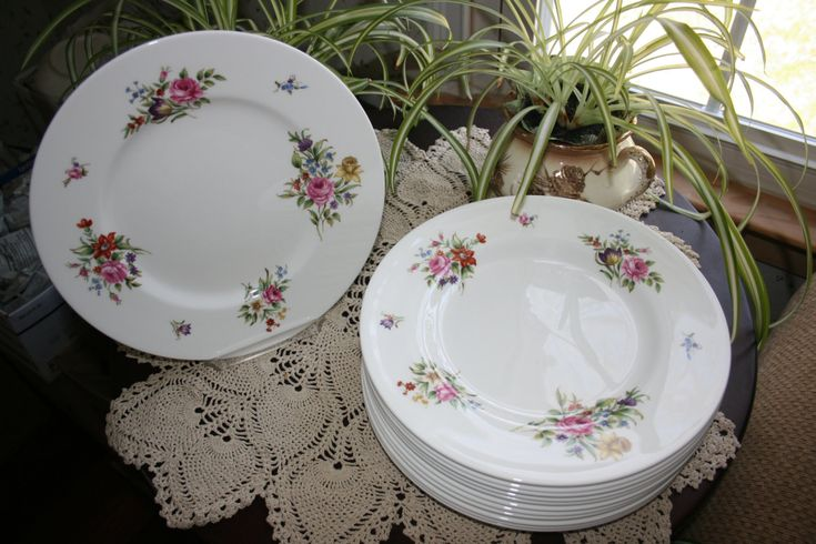 Vintage Royal Worcester Floral Dinner Plate Fine Bone China Set of 12 Plates Charger Cabinet Plate Tableware Made in England by KattsCurioCabinet on Etsy