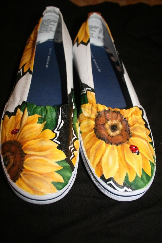Zapatos pintados personalizados por lolarachelle en Etsy, $75.00