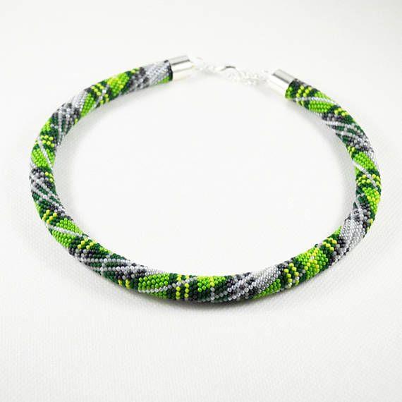 Green Scottish Tartan necklace Seed beads crochet rope beaded #greentartannecklace, #tartannecklace, #scottishtartannecklace