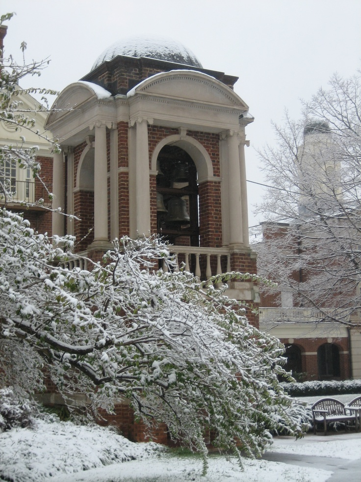 Cupola at Sweet Briar #MyTopCollege is @Sweetbriaredu because campus is peaceful in the Winter.