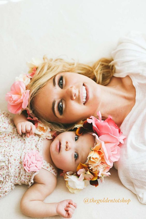 mama and daughter Mom | gifts | flowers | chocolate | Happy Mother's Day | cute baby | happiness | Fashion Mom | Maternity | Style | Mom | Mother's Day inspiration |gift for mom | mother hood | quote of the day | Fashion Mama!